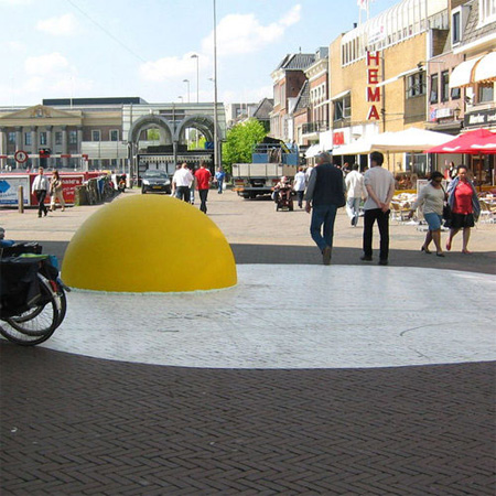 Giant Eggs in Netherlands 3