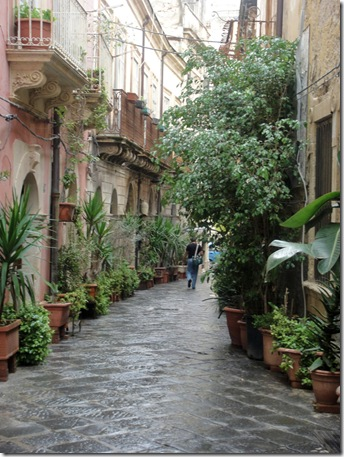 siracusa street