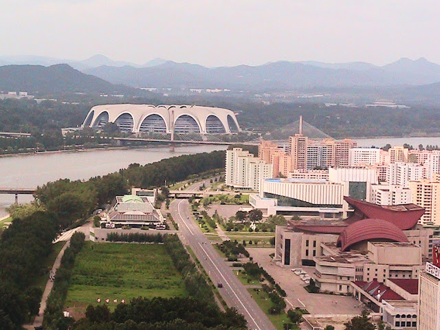 Fotos de las Crónicas de Un Viaje a Corea Estadio%20Primero%20de%20Mayo%20%282%29