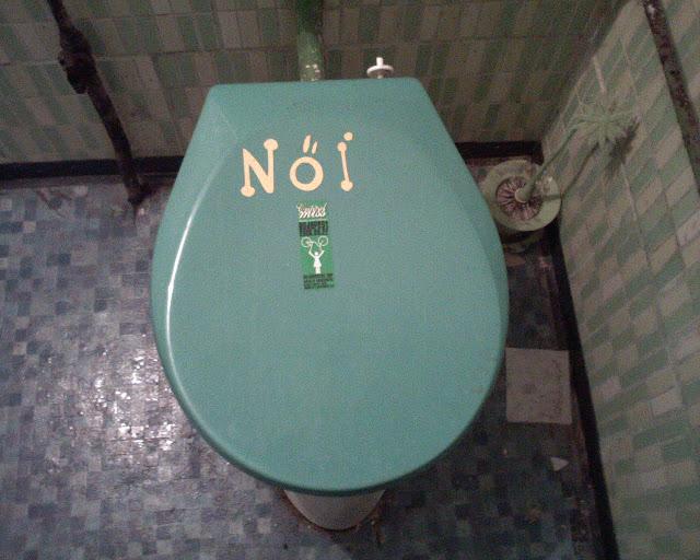 Budapest, nyilvános wc, női, blog