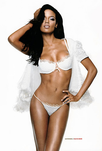 selita ebanks 4 Watch as Chloe strips and has   Hairy nude   picture 7
