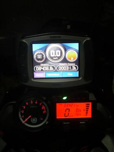 Jauge essence 660 xtz P1010864