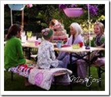 16_Kids_Outside_high_summer_jpg@p0x0-q85-M130x112-croped(167,1488@1907x1643)-FrameNumber(1)