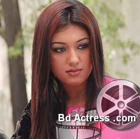 Bangladeshi Actress Apu Biswas-14