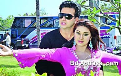 Bangladeshi Actress Apu Biswas-20