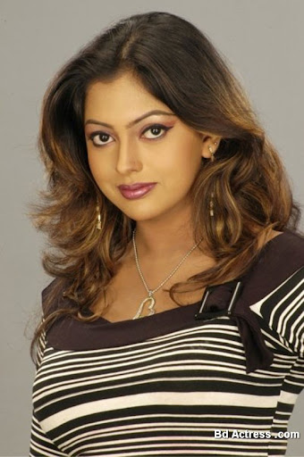 Bangladeshi Actress Nipun Photo-02