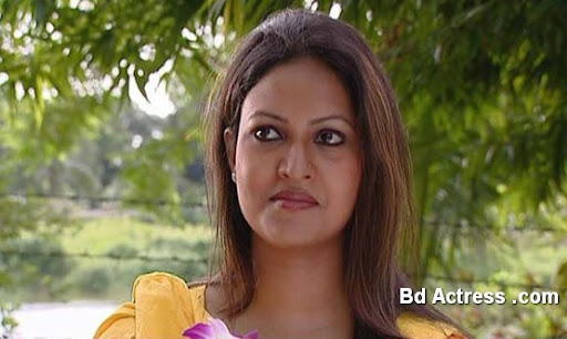 Bangladeshi Actress Richi Solaiman-09