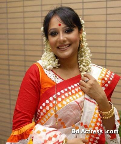 Bangladeshi Actress Opi Karim-17