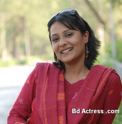 Bangladeshi Actress Opi Karim-20