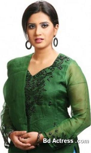 Bangladeshi Singer Nancy-02