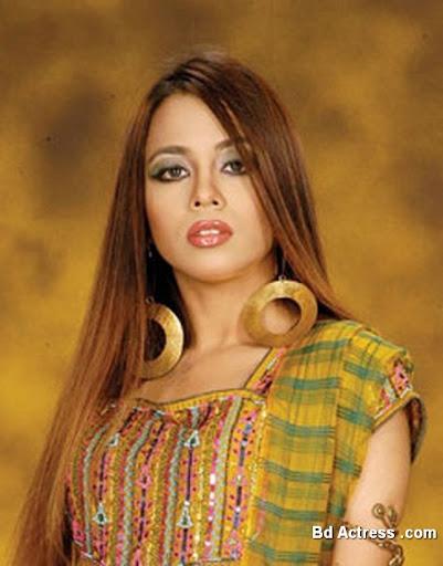 Bangladeshi Singer Tishma Photo-01