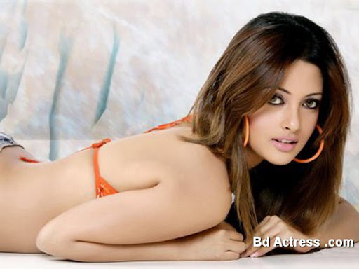 Bengali Actress Riya Sen Photo-01
