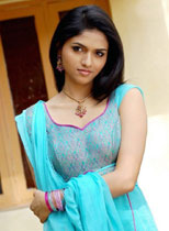 South Indian Actress Sunaina Thumbnail