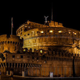 Castel Sant'Angelo by Samuk Domingues - Buildings & Architecture Statues & Monuments ( sant'angelo, old, rome, night, monument, travel, light )