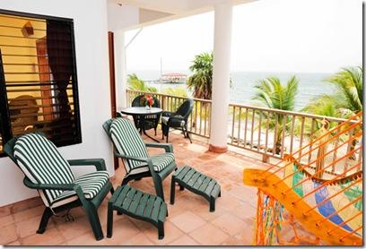 roberts-grove-balcony