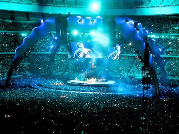 U2-Feb11 069