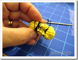 artemelza - abelha de fuxico