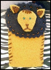 FingerPuppet_Closeup_Lion