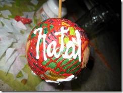 artemelza - decoupagem em bola de natal
