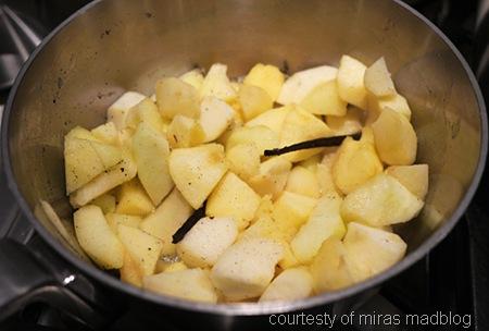 mira arkin_fastelavnsboller apples