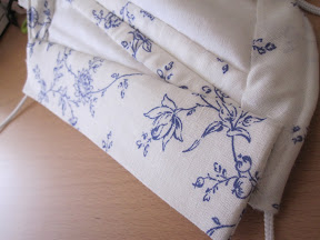 Placket on the inside of the open bodice