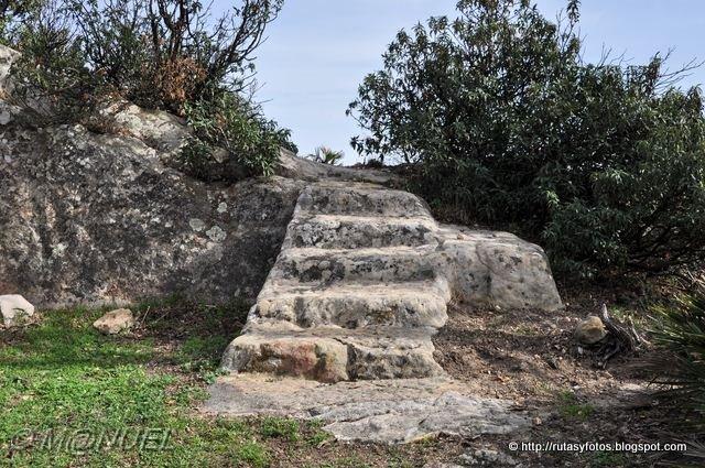 Piedra de la Escalera - Cueva del Moro - Silla del Papa