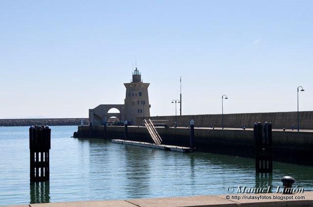 Faro de Puerto Sherry