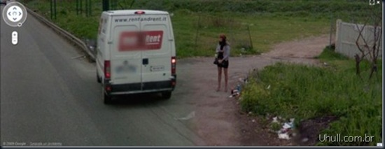 prostitutes_on_google_street_view_16_thumb