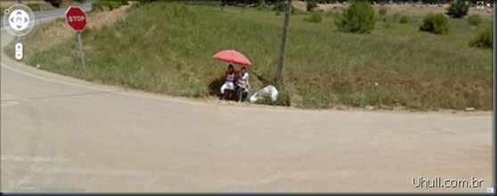 prostitutes_on_google_street_view_19_thumb