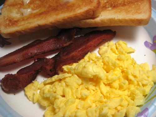Eat4Fun: January 8, 2011: Basic Scrambled Eggs