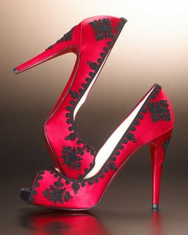Christian-Louboutin-High-Heels-Attract-Women