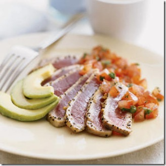 tuna-seared-tuna-avacode-plate-food