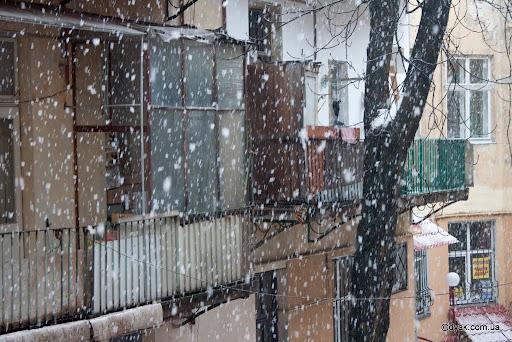 Лапатий сніг