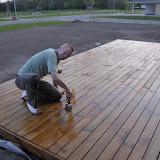 Med et par timer ledige blev der lige tid til at male terrasse med en gang terrasse olie - det blev en værre beskidt omgang.