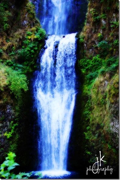 0237 multnomah falls weblogo