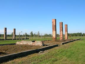 140 - Auschwitz II - Birkenau, cocina.JPG