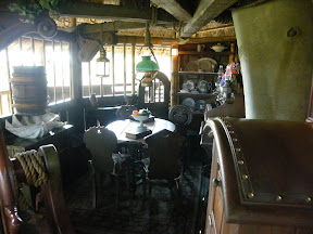 462 - Swiss Family Treehouse.JPG