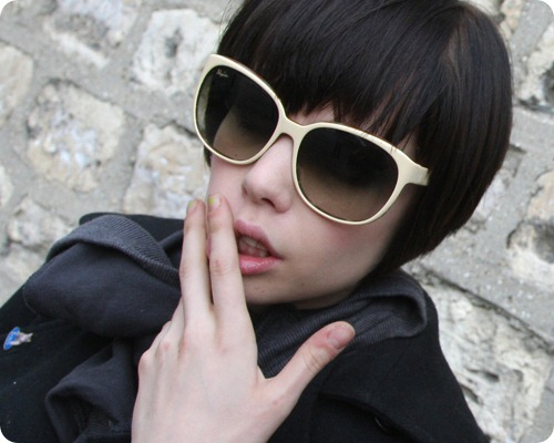 alice-glass-crystal-castles-cool-list