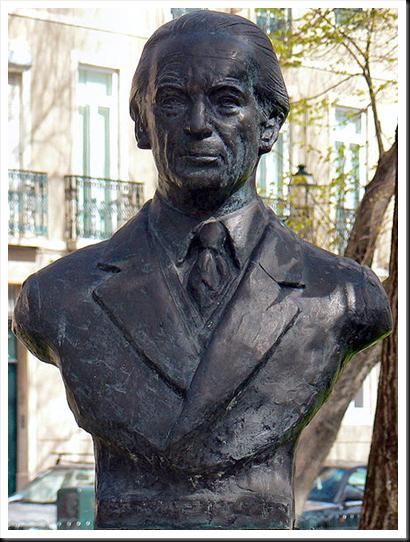 Adolfo simões Muller