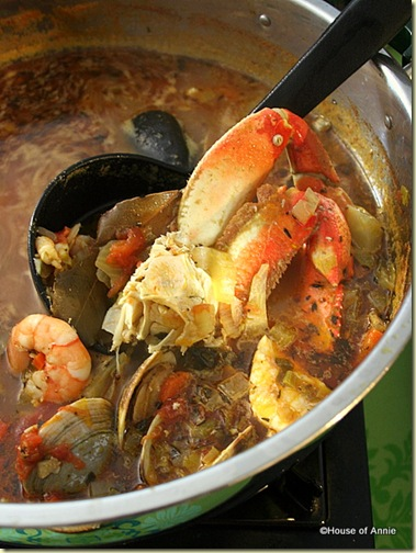  Cioppino Hot Pot: Crab, Shrimp, Clams and Fish