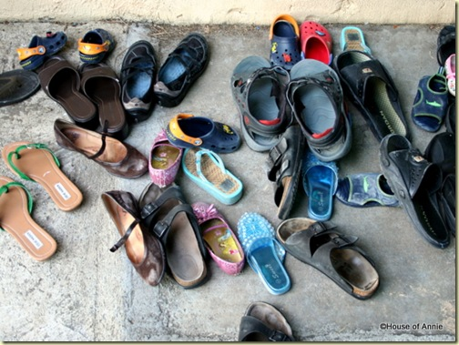 Hawaiian Etiquette: Leave Your Shoes Outside