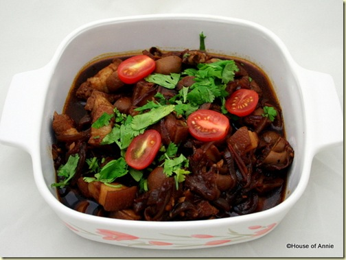Pork Belly Braised with Tomatoes in Soy Sauce