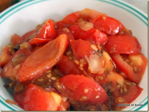 stir-fried tomatoes with oyster sauce