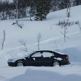 วอลโว่นี่จอดกันหมกหิมะแบบนี้เป็นระยะเพื่อไปเล่นสกีครอสคันทรี่