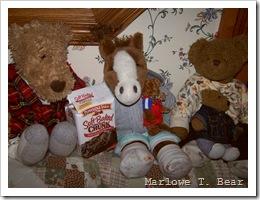 tn_2009-12-07 Eating Cookies