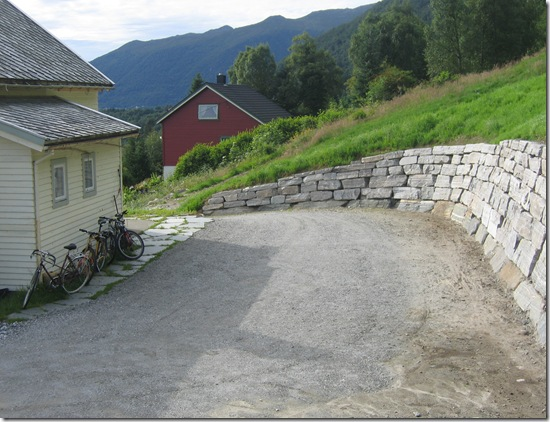 Mur, Helge Ressem. Sommaren 2006 032