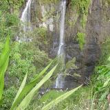 Viele beeindruckende kleine Wasserfälle