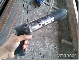 pistol paku beton