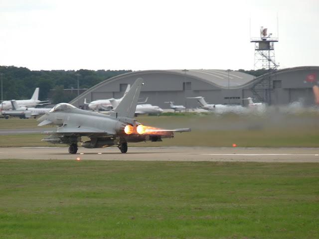 Farnborough International Airshow 2010 P1050368