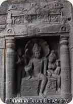 india09_33